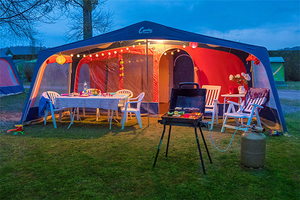 Tent classic 4/5 persons 2 Bedrooms